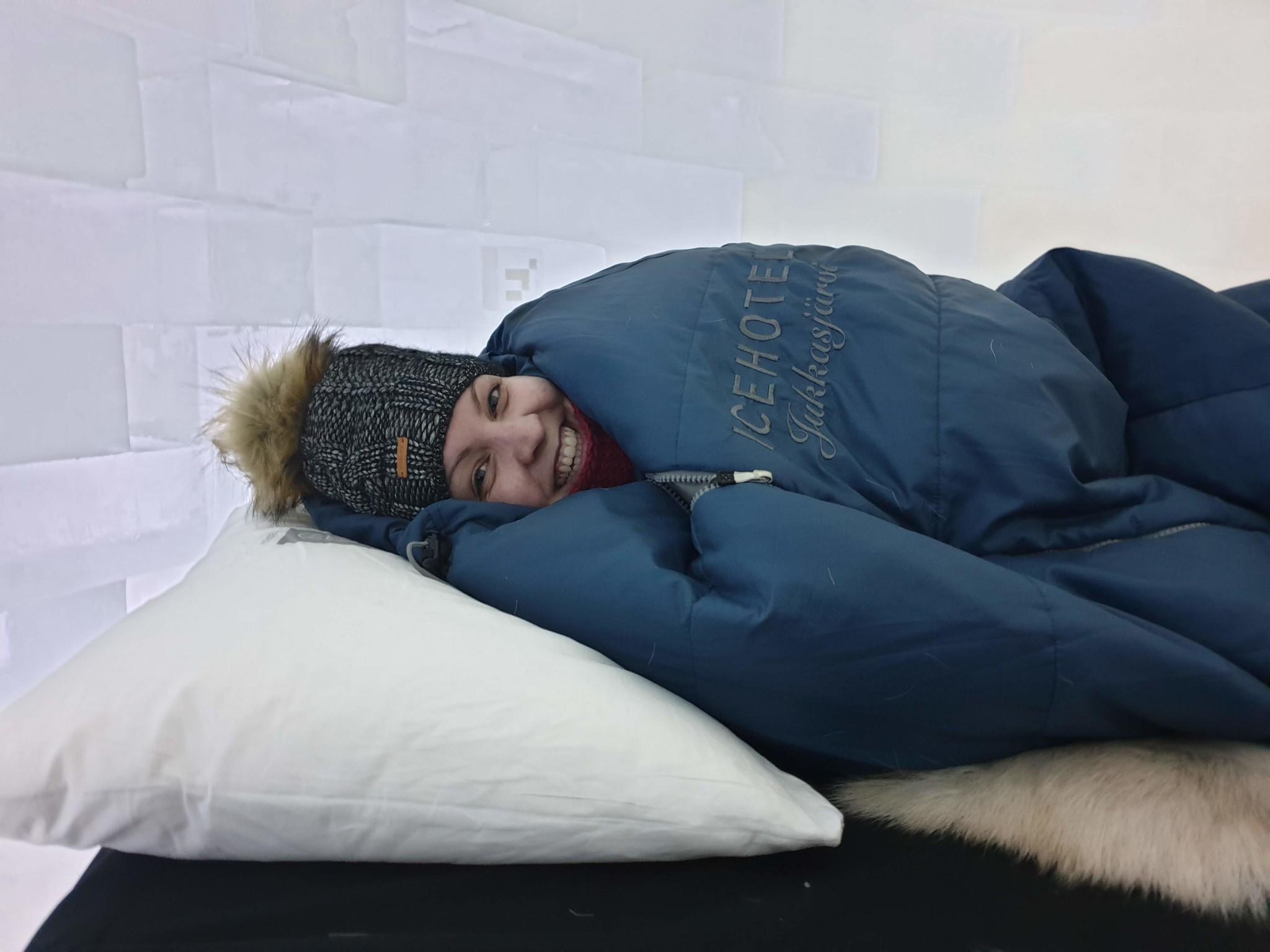 slapen in het ijshotel