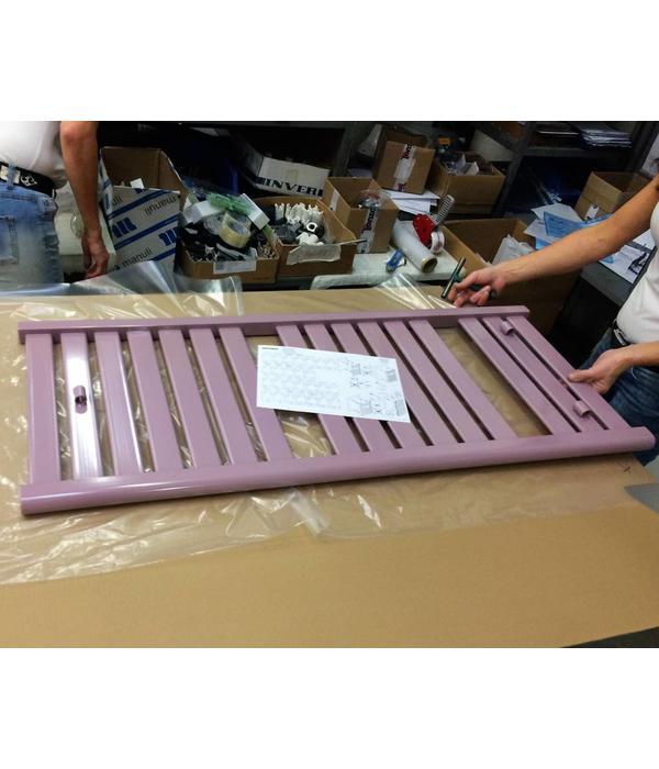 HOTHOT Heizkörper in der Pastellviolett Farbe RAL 4009