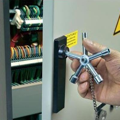 Clé de contrôle pour meuble de rangement
