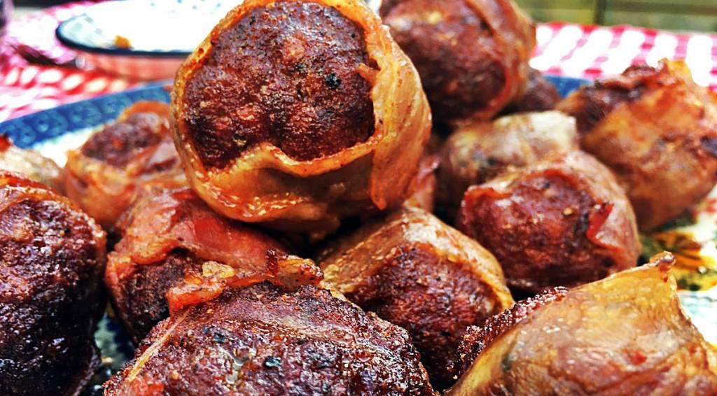 Balletje(s) mayo of Great Balls of Joy?  Dit is een echte barbecue (borrel)topper!