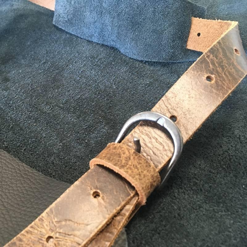 Feuermeister® Premium Leren Schort Zwart met bruine vintage riemen