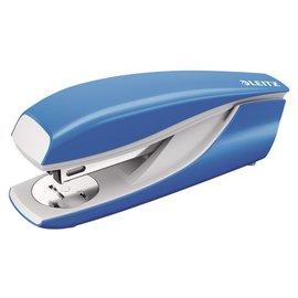Leitz Nietmachine Leitz 5502 30vel 24/6 lichtblauw