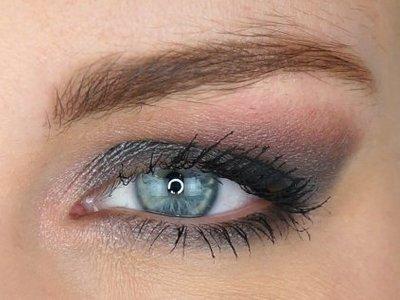 Blauw/Grijze ogen