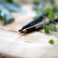 3x Easy ooglook met Natural Organic Eyepencils