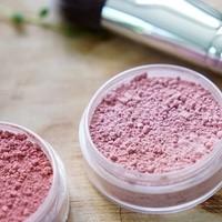 Creëer de natuurlijke monochrome make-up look