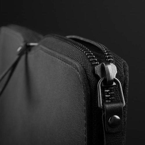 "Mujjo 13"" MacBook Pro Folio Sleeve - Black"