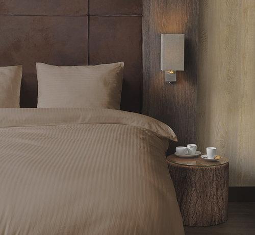 Beau Maison  Katoen Satijnen Dekbedovertrek Hotel Line Taupe