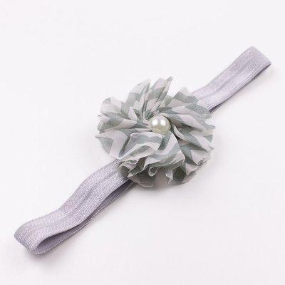 Haarbandje chevron bloem met parel (grijs)
