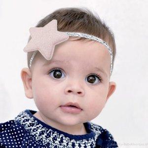 Baby haarbandje glitter ster (lichtroze)