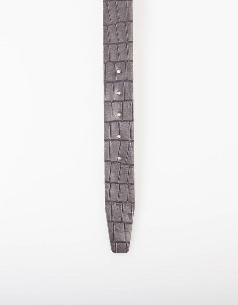 Arrigo Leren riem gemaakt van hoogwaardig buffelleer glad in donkerbruin leer op geprint met stijlvolle gesp met een donkere finish 3,5 cm breed maat 115