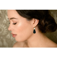 Earrings with Pearl and Icicle with Black Spinel