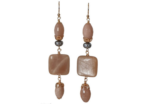 CLASSIC COLLECTION Nude Earring