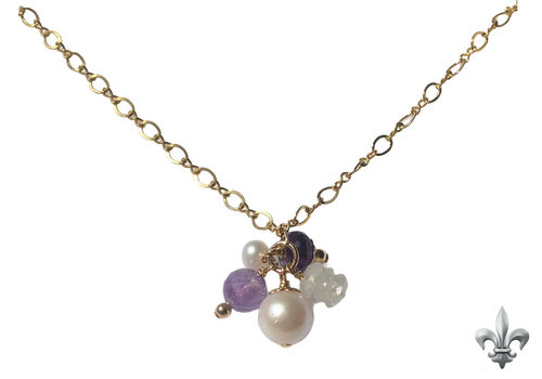 CLASSIC COLLECTION Purple, white necklace