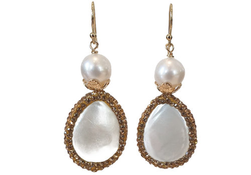 CLASSIC COLLECTION white earring