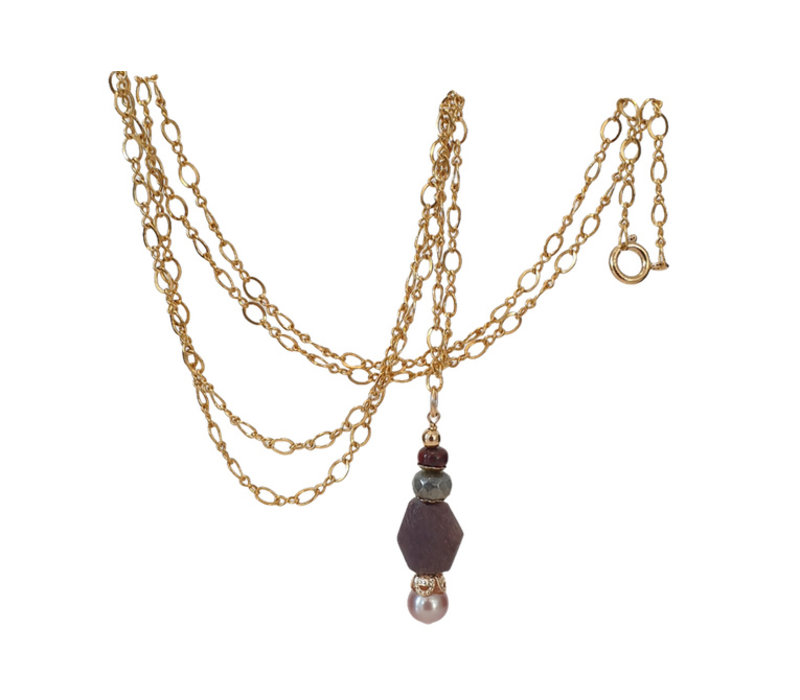 Necklace with Jasper, Labradorite, Burnt Ruby and Pearl