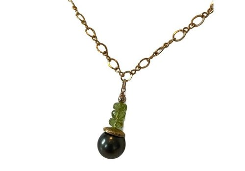 CLASSIC COLLECTION Green Necklace