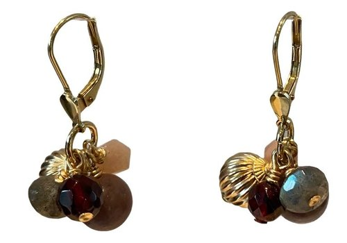 EXCLUSIVE COLLECTION Brown nude earring