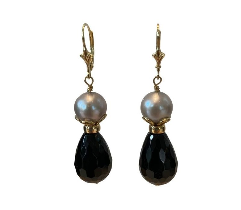 Earrings with Pearl and Onyx