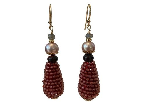 EXCLUSIVE COLLECTION Grey, White, Red Earring