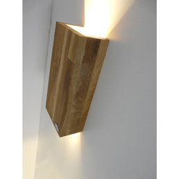 Applique bois chêne huilé hauteur 17 cm, largeur 9,5 cm