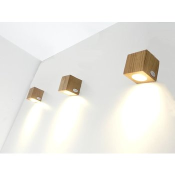 Led wall lamp Miny Spot oak 80 mm x 80 mm