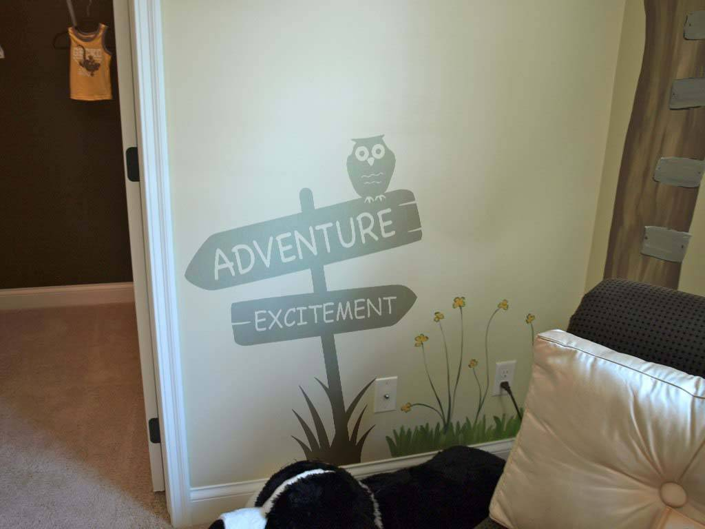 Adventure & exitement sign