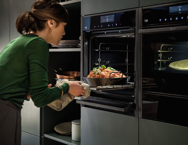 NEFF collection ovens