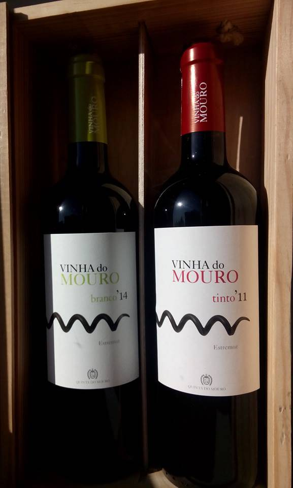 Wooden box Vinha do Mouro white/red