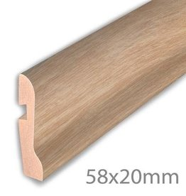 Hoge plint - German oak