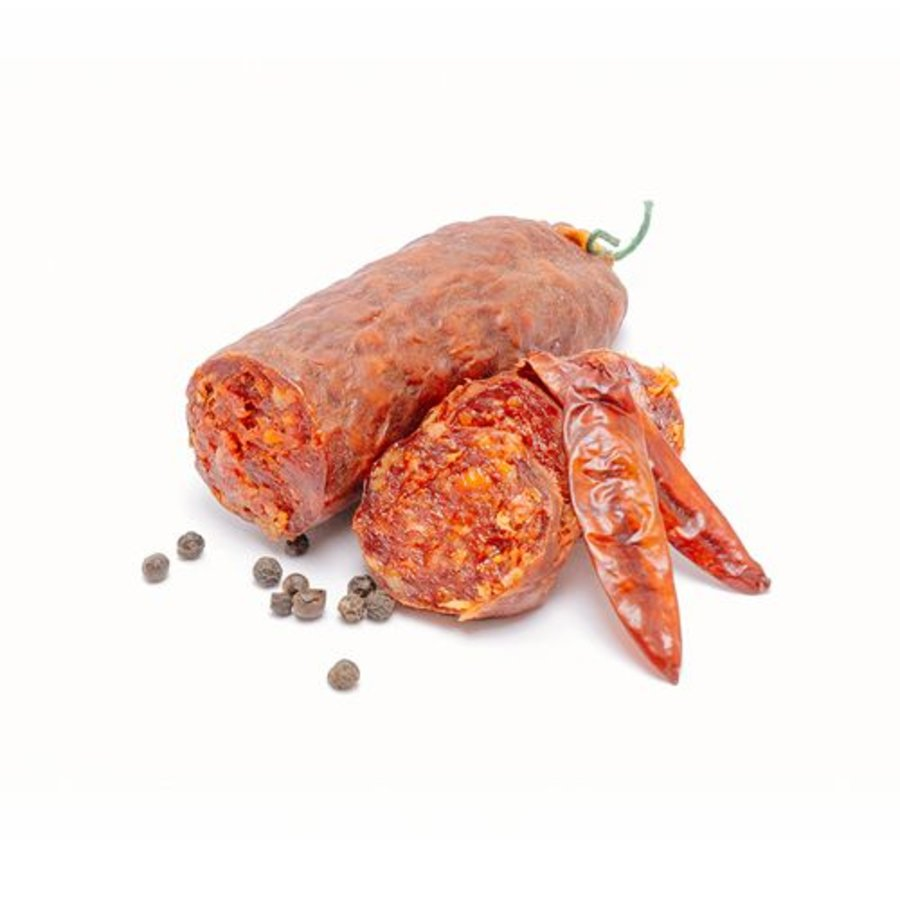 Franse gedroogde worst met piment d'Espelette