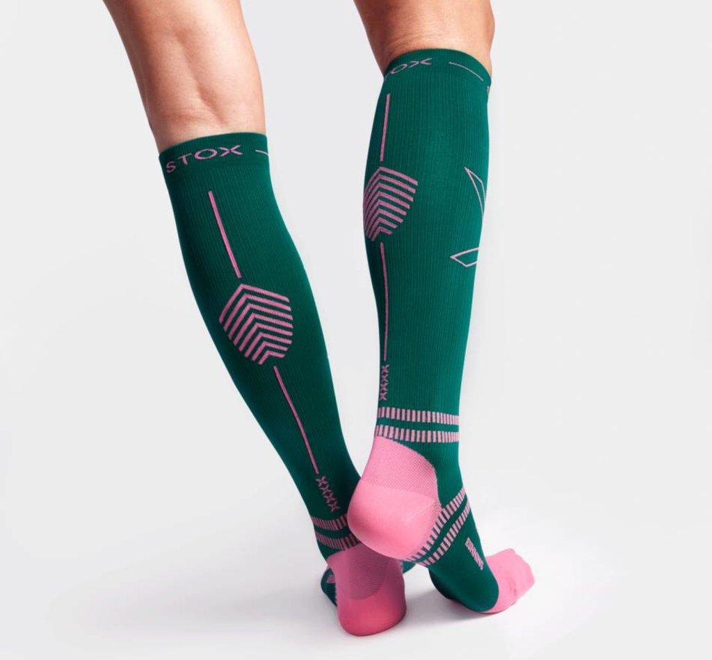 STOX Lightweight Running Socks Women - Green / Raspberry