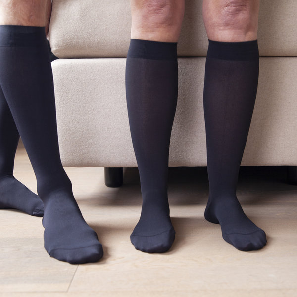 How Compression Socks Reduce the Risk of Varicose Veins