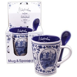 Typisch Hollands Mug with Spoon Delft blue