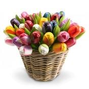 Typisch Hollands 50 Wooden - Tulips in a wicker basket