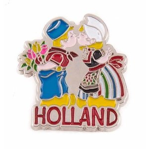 Typisch Hollands Pin kissing pair of Holland silver