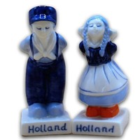 Typisch Hollands Peper en Zout - Kissing couple
