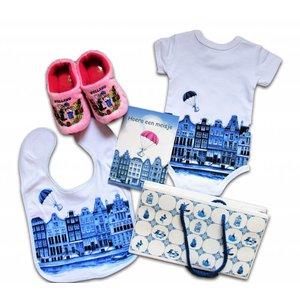 www.typisch-hollands-geschenkpakket.nl Baby geschenkenpakket - Holland - Meisje.