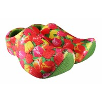 Typisch Hollands Clog slippers with Tulip print.