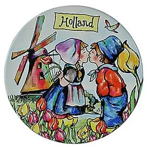 Typisch Hollands Holland souvenirs - Coaster Kissing couple color