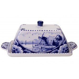 Typisch Hollands Delft blue butter dish