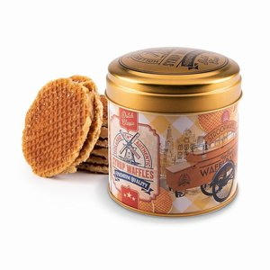 Typisch Hollands Syrup waffles in a nostalgic bakery tin