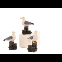 Typisch Hollands Gull on posts 9 cm