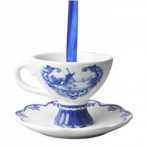 Typisch Hollands Delft blue Christmas tree decoration (teacup pendant)