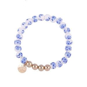 Typisch Hollands Bracelet strung with Delft blue beads - Mill
