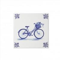 Typisch Hollands Delfter Fliese mit dem Fahrrad.