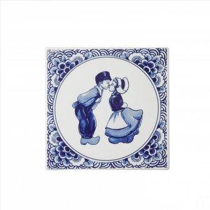 Heinen Delftware Delftsblauwe tegel met een kuspaar.