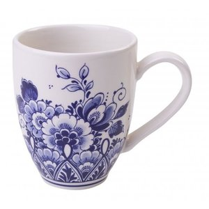 Typisch Hollands Large mug with floral decoration