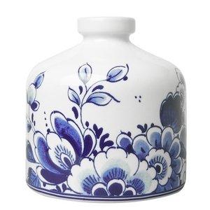 Heinen Delftware Vase around flower decoration.