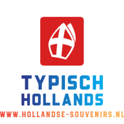 Typisch Hollands Sinterklaas en de hoofdpiet staand.