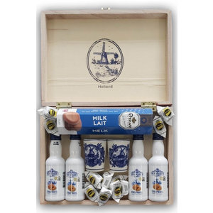 van Meers Holland - Drinks box with Hopjes and pans